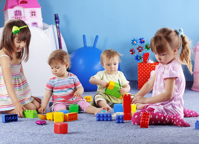 عکس تمرین مهارت های زندگی با اسباب بازی