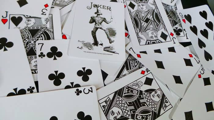 عکس آموزش بازی کارتی بلوف
