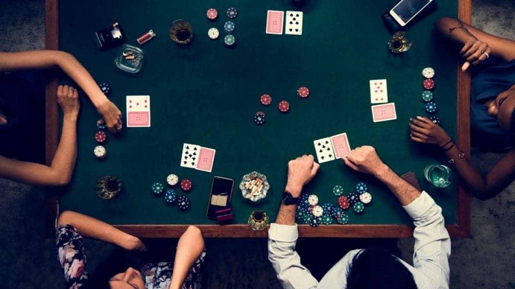 عکس آموزش حرفه ای بازی پوکر[+رمزهای موفقیت در بازی]